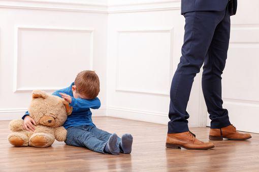 Лишение родительских прав: основания и процедура.